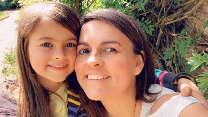 Mum blasts free school meal box for daughter, 10, full of food she's allergic to
